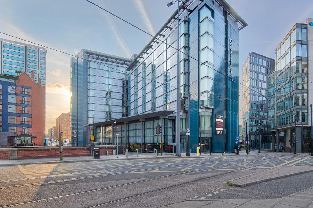 DoubleTree by Hilton Hotel Manchester - Piccadilly - Laterooms