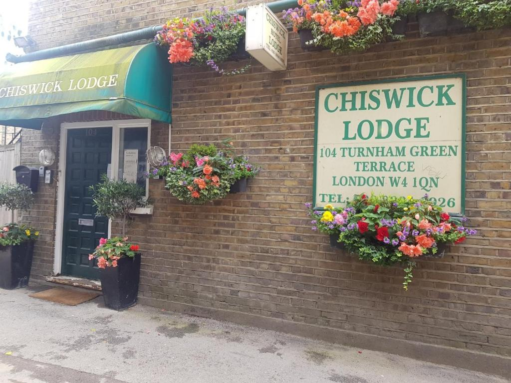 The Chiswick Lodge Hotel.