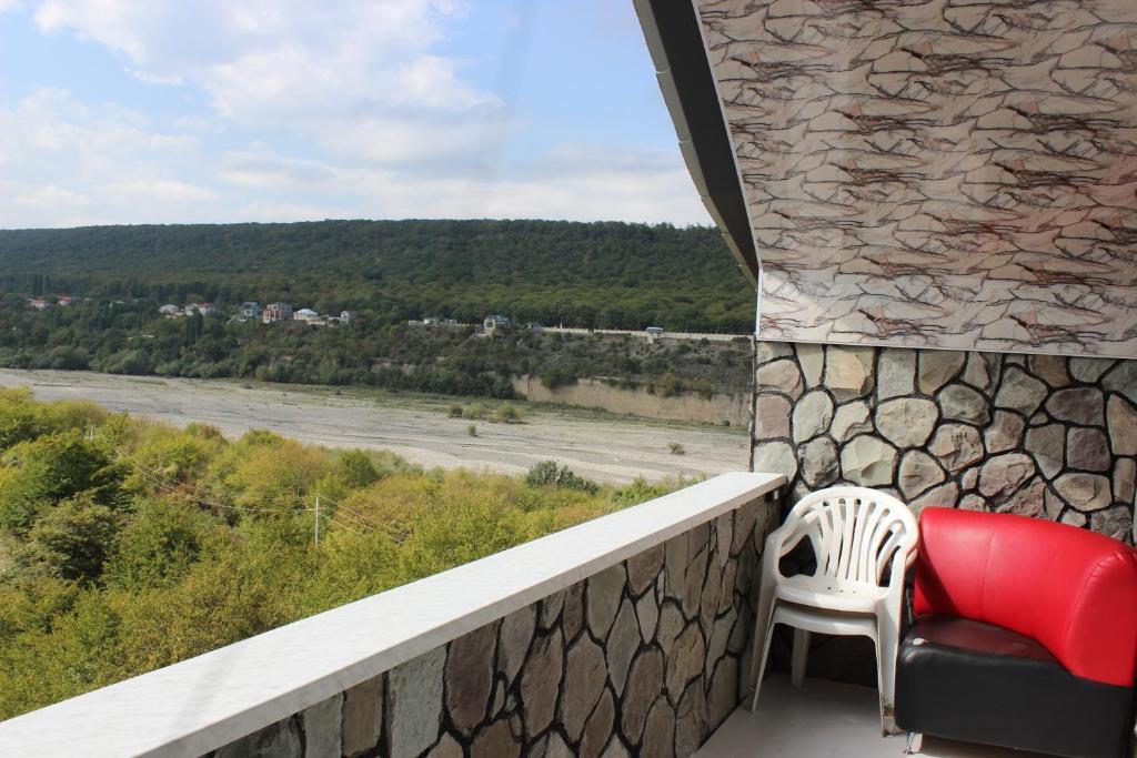 Uma varanda ou terraço em Guba Panoramic Villa