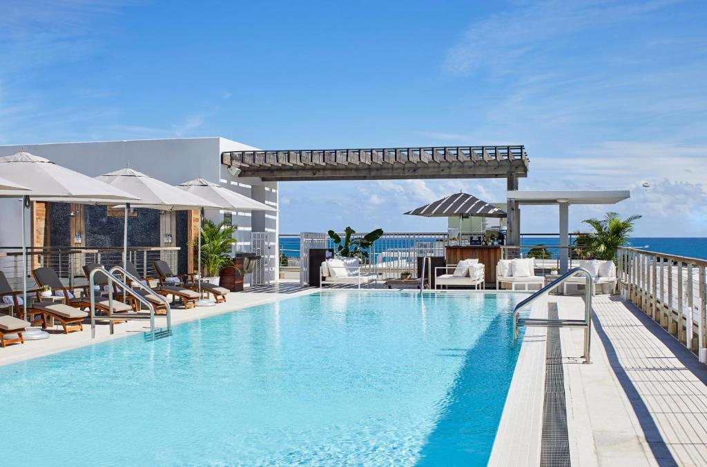 The swimming pool at or near The Betsy Hotel, South Beach
