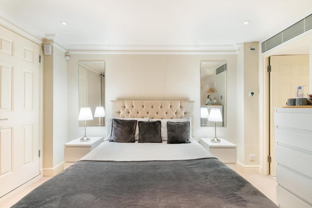 Harrods Room