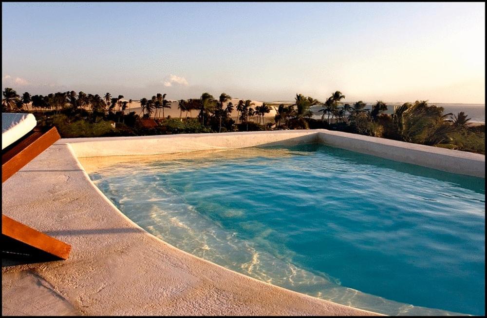 A piscina localizada em All Blue ou nos arredores