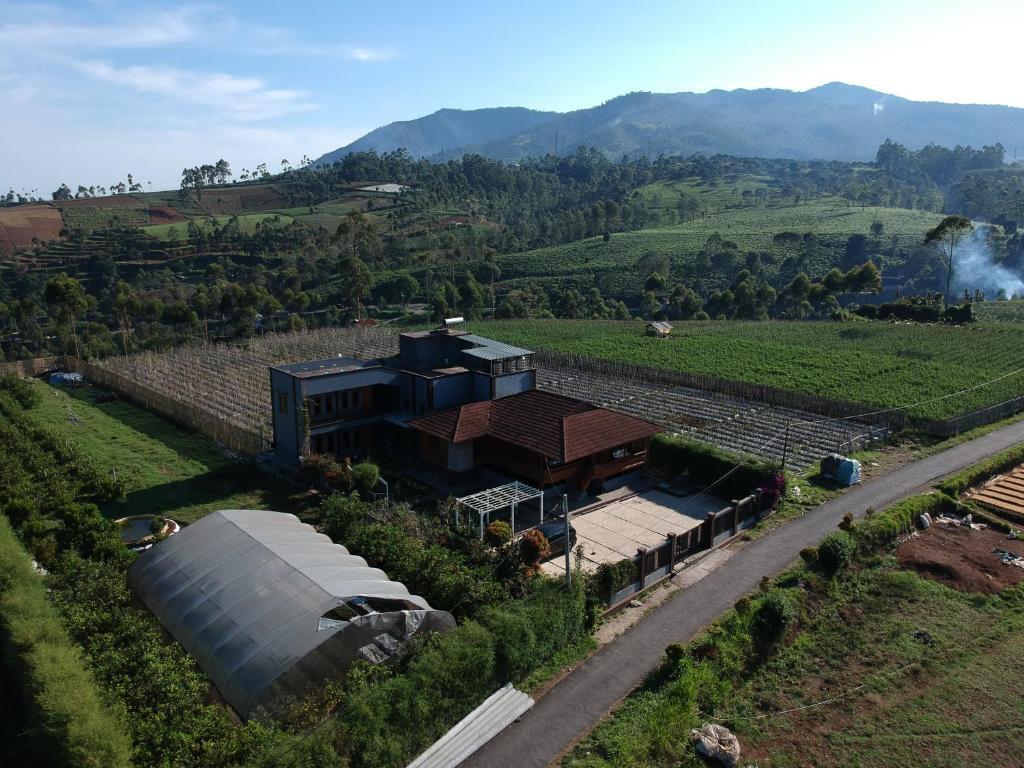 A bird's-eye view of Woodybed Hostel Pangalengan