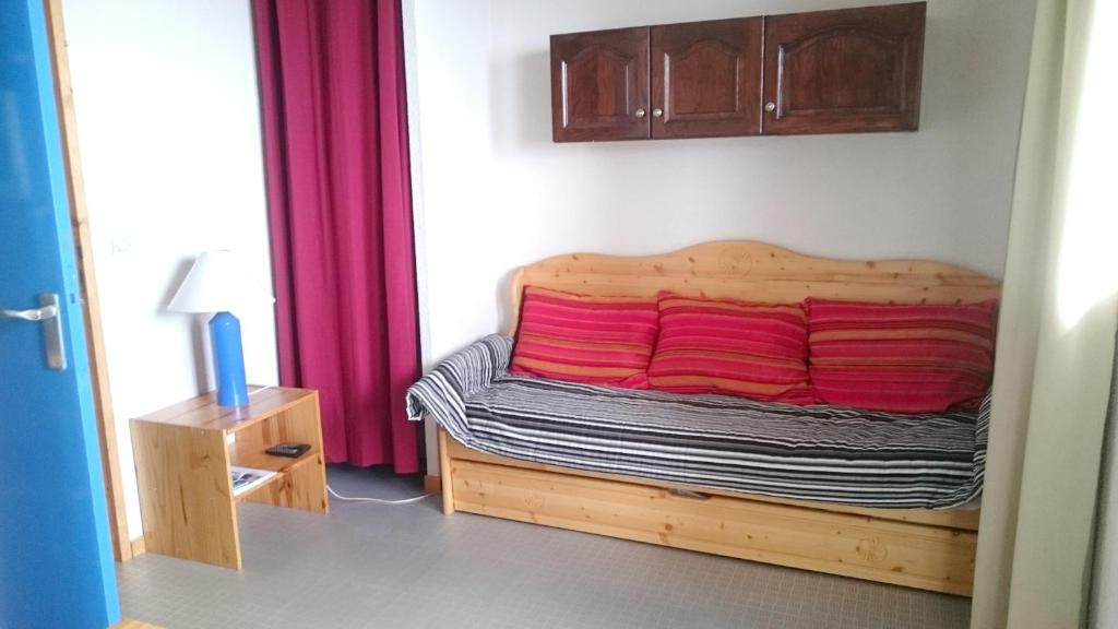 Studio in Vallandry with wonderful mountain view and balcony 100 m from the slopes