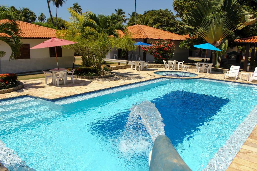 A piscina localizada em Village Miramar ou nos arredores