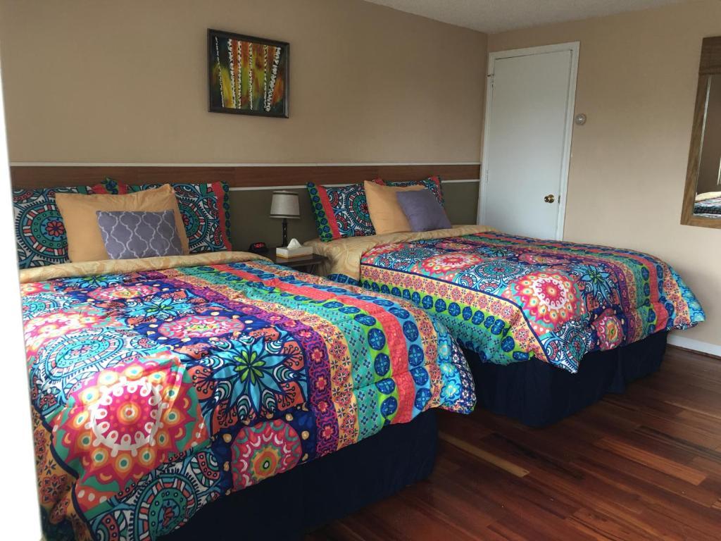 A room at the Big Bear Lodge.