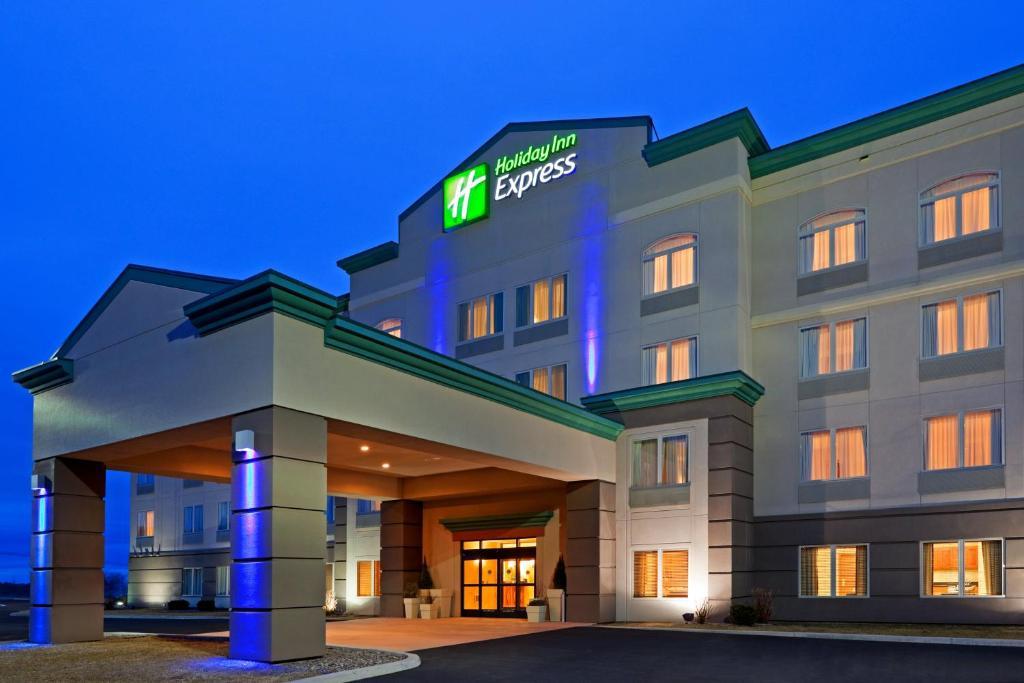 Holiday Inn Express SYRACUSE-FAIRGROUNDS - Laterooms