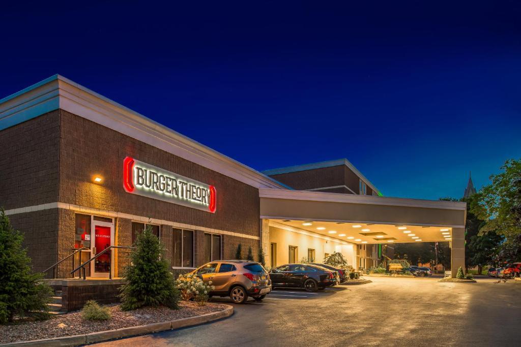 Holiday Inn Auburn-Finger Lakes Region, an IHG Hotel