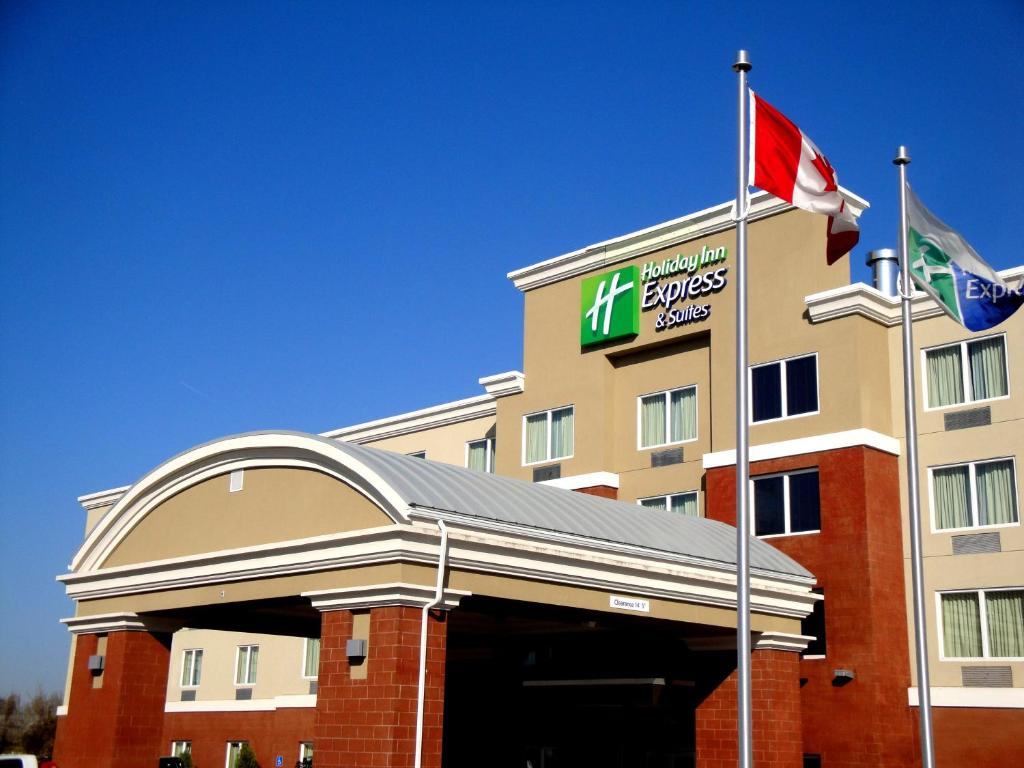 Holiday Inn Express Fort Saskatchewan, an IHG Hotel