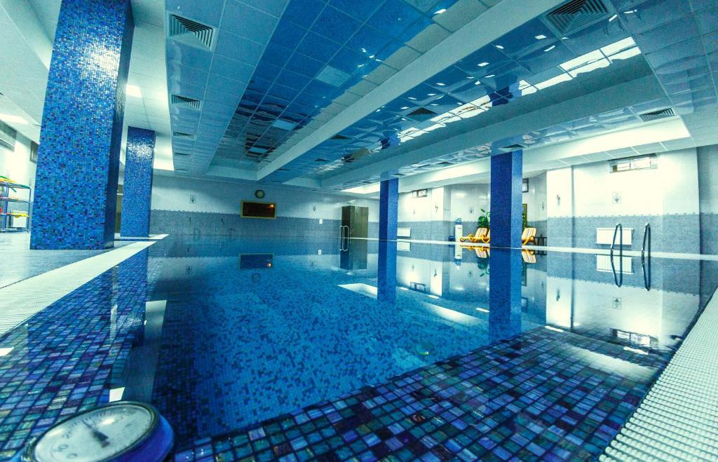The swimming pool at or close to Avshar Hotel Resort