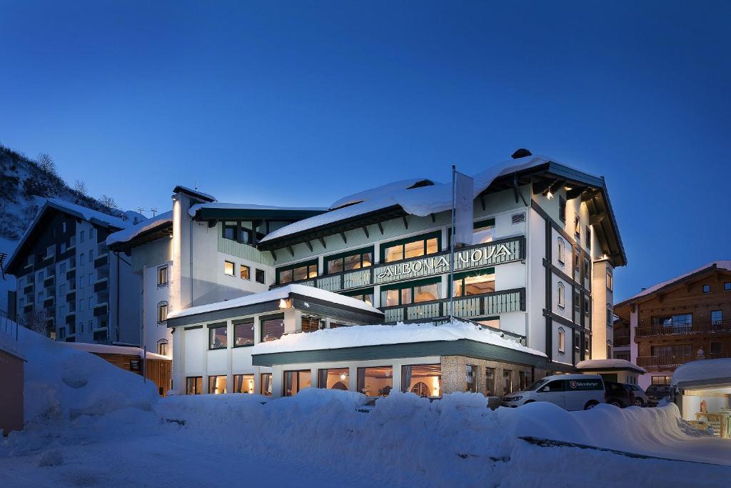 Hotel Albona Nova im Winter