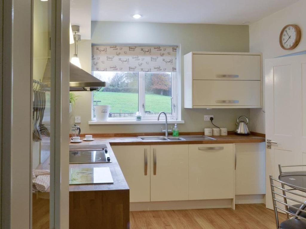 Holly Tree Cottage - Laterooms