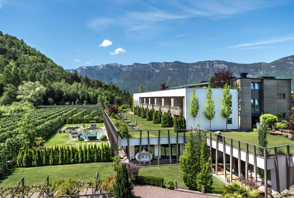 Gartenhotel Moser Appiano sulla Strada del Vino, Italy