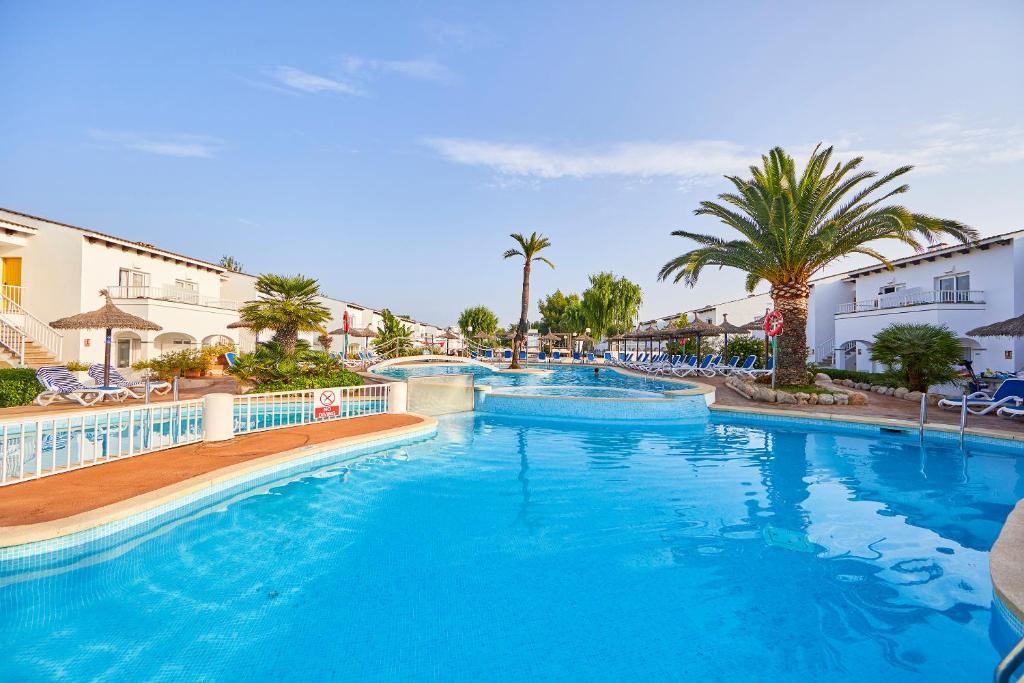 Het zwembad bij of vlak bij Seaclub Mediterranean Resort