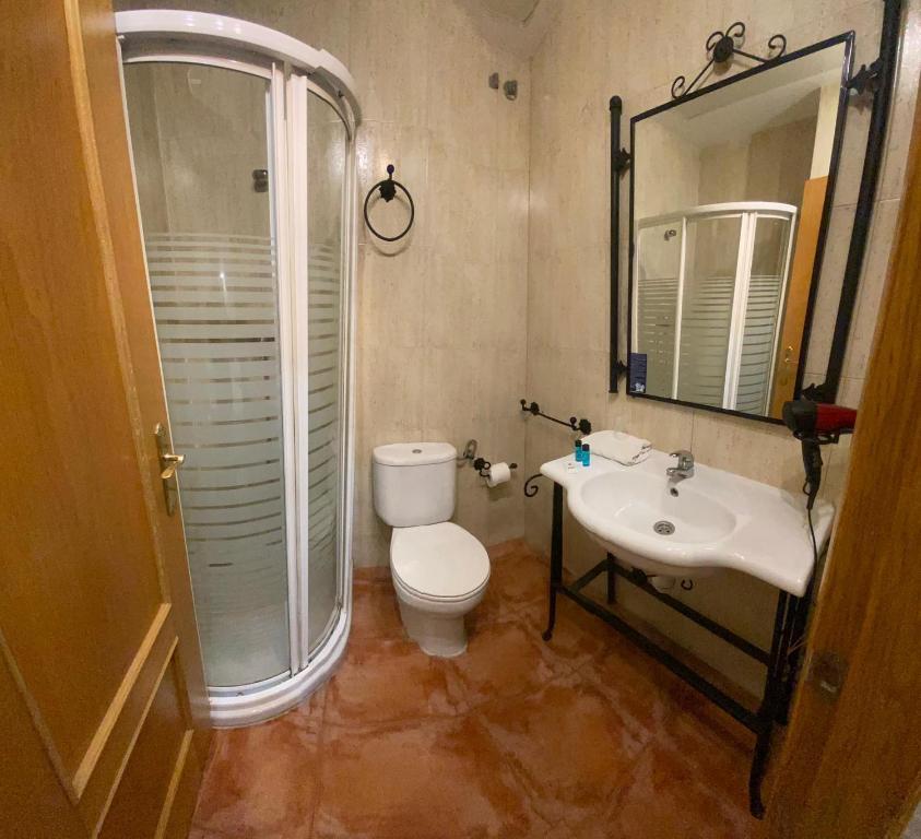 A bathroom at Da Vinci Boutique
