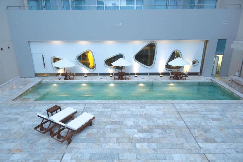The swimming pool at or near Dazzler by Wyndham Buenos Aires Recoleta