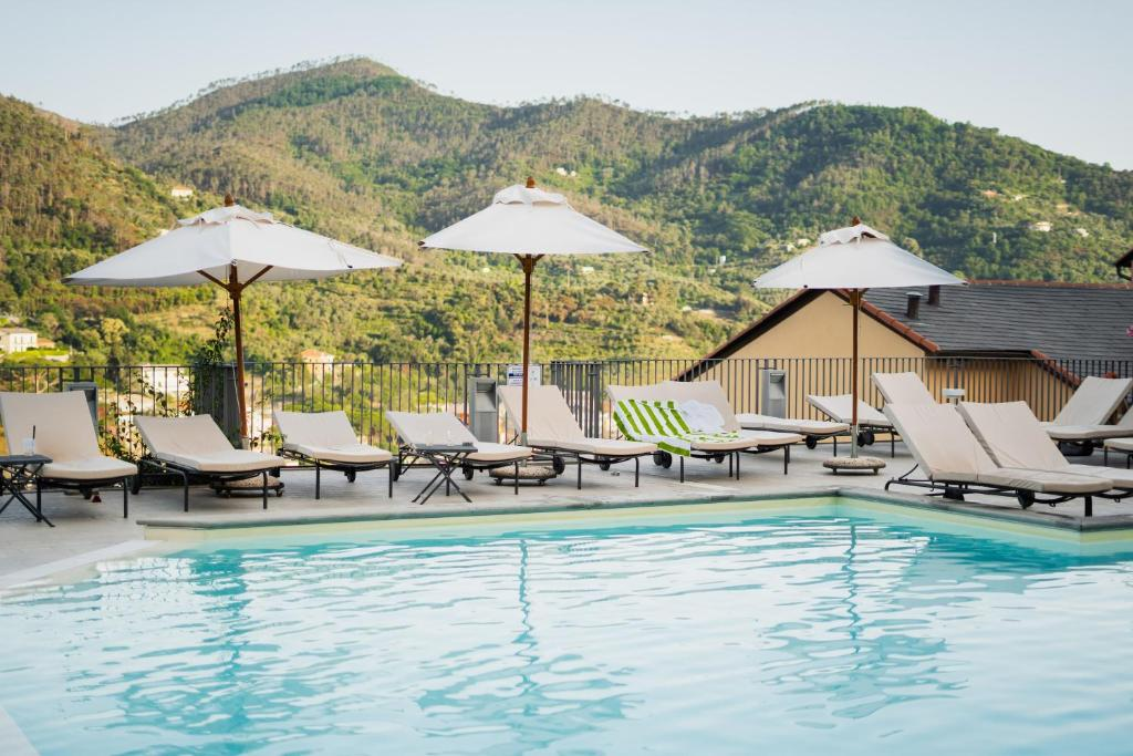 The swimming pool at or close to Park Hotel Argento