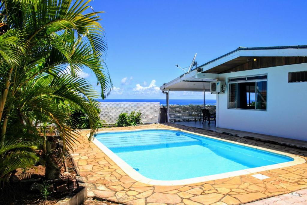 A piscina localizada em TAHITI - Fare Temahana ou nos arredores