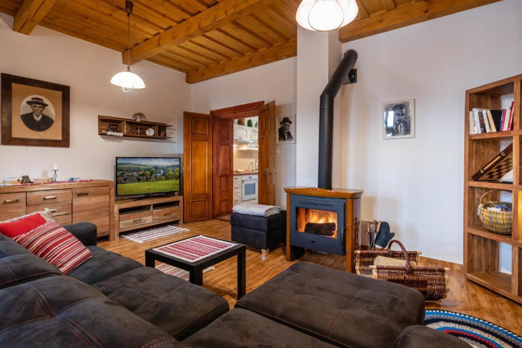 Posedenie v ubytovaní Hybský dom - pravý liptovský