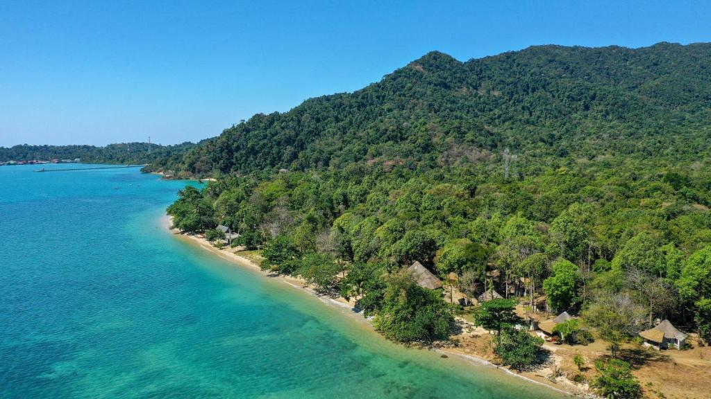 Vaade majutusasutusele The Tropical Beach Resort linnulennult