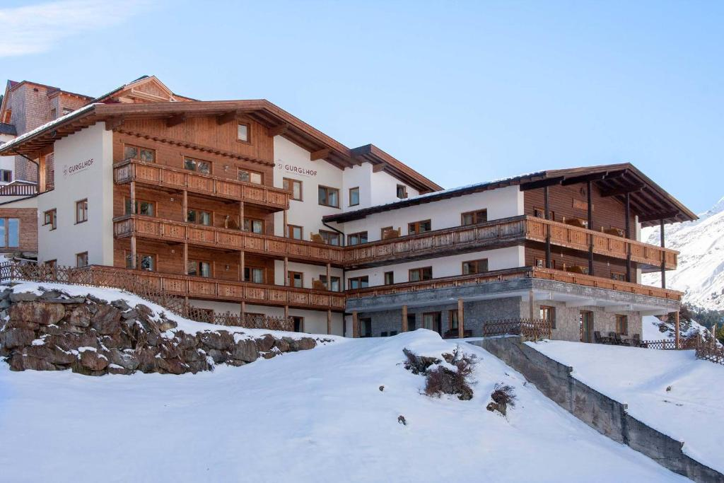 Gurglhof Apartmenthaus during the winter