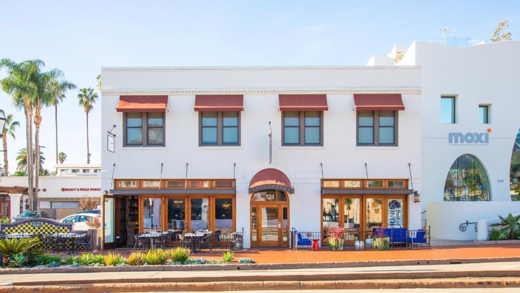 Hotel Indigo Santa Barbara - Laterooms