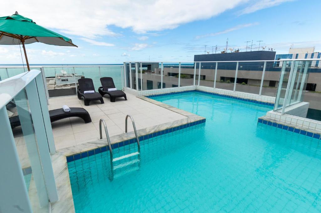 A piscina localizada em Slim Pajuçara by Tropicalis ou nos arredores