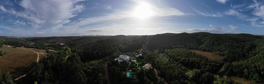 Vue panoramique sur l'établissement Herdade Quinta Natura Turismo Rural