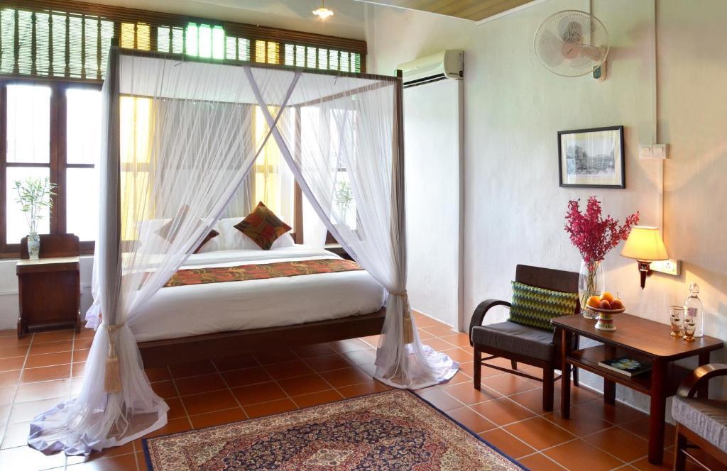 Ein Bett oder Betten in einem Zimmer der Unterkunft Noordin Street House