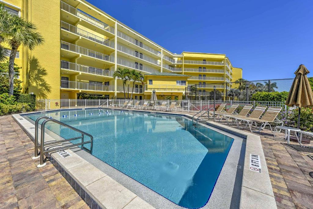 The swimming pool at or close to Marco Island Condo with Patio Steps to Beach Access