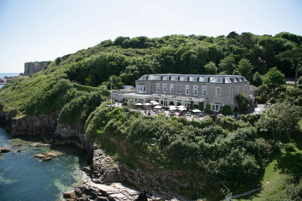 BERRY HEAD HOTEL - Laterooms
