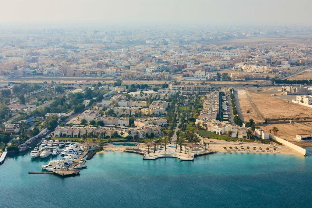 Uma vista aérea de Makarem Annakheel Hotel & Resort