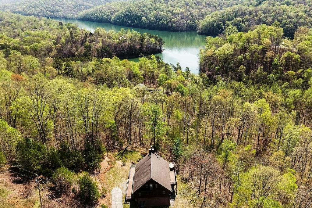 Scenic New Tazewell Hideaway with Deck and Boat Slip!