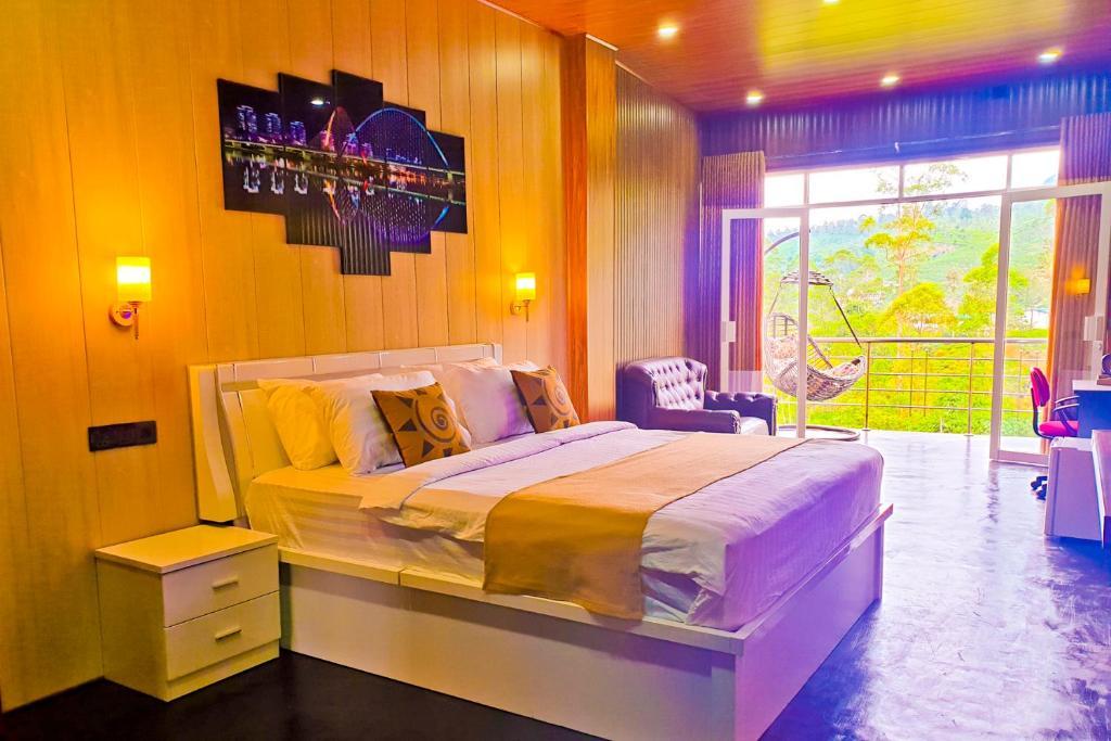 Postel nebo postele na pokoji v ubytování Daddy's Guest Home