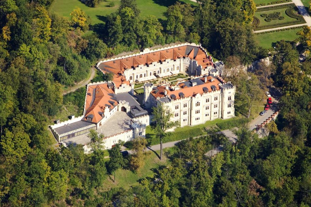 A bird's-eye view of Hotel Štekl