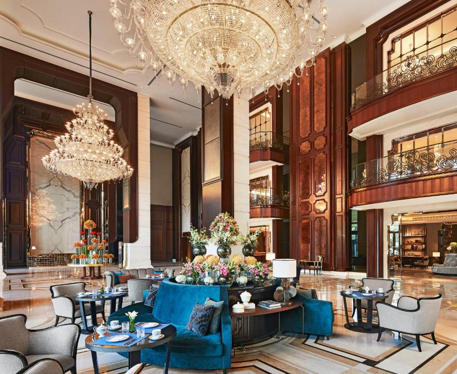 A restaurant or other place to eat at The Ritz-Carlton, Pune