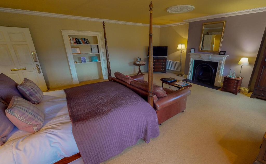 Peterstone Court Country House & Spa - Laterooms