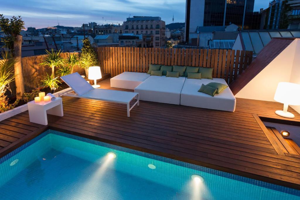 Piscina en o cerca de BCN Luxury Apartments