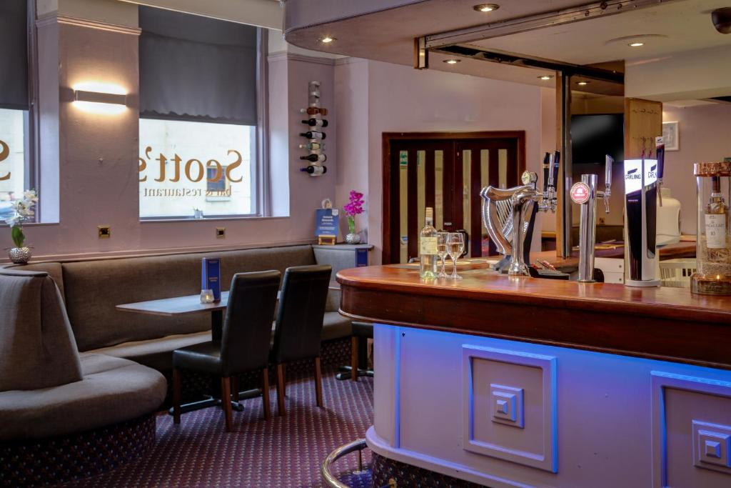 Best Western Queens Hotel & Leisure Club - Laterooms