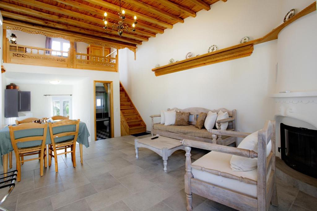 Χώρος καθιστικού στο Amphitrite Apartments Skyros