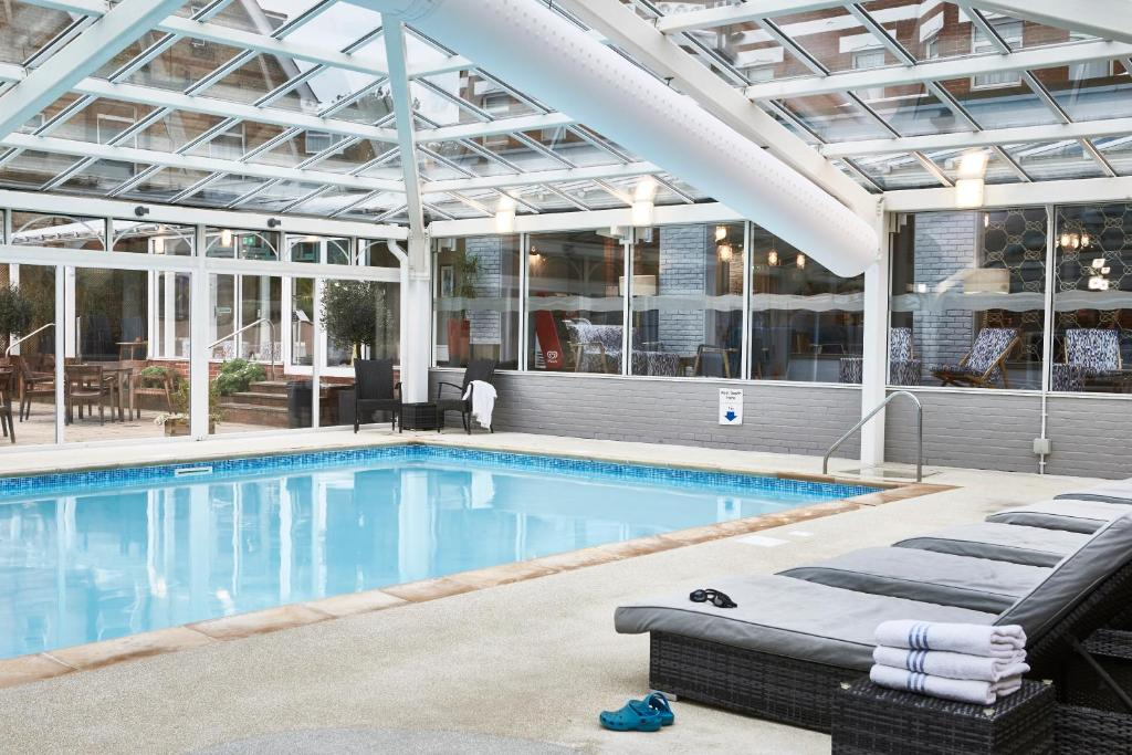 The swimming pool at or close to Bournemouth West Cliff Hotel