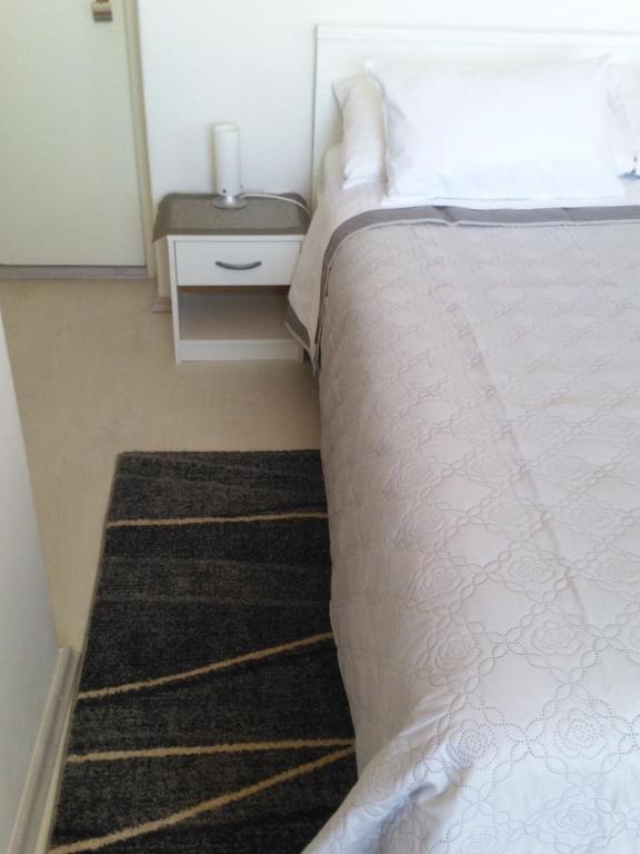Vuode tai vuoteita majoituspaikassa Rooms Katica