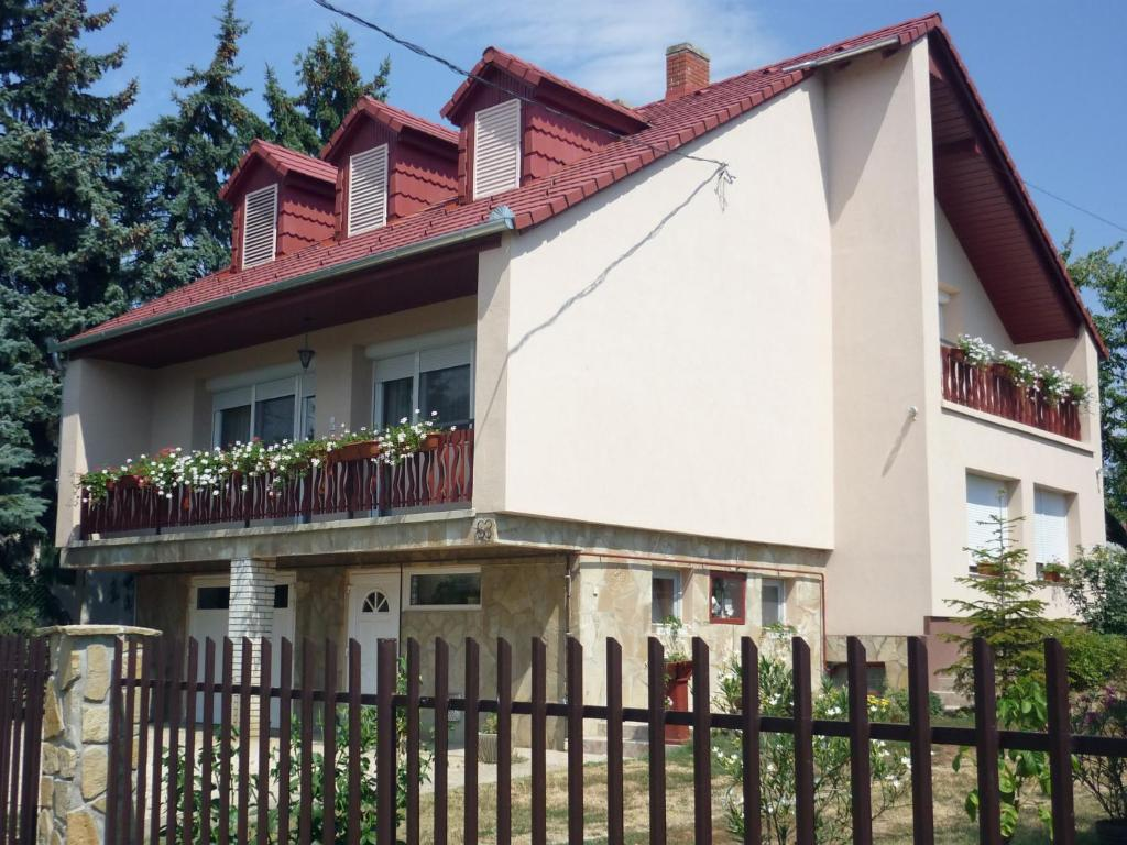 The building in which Az apartmant is located