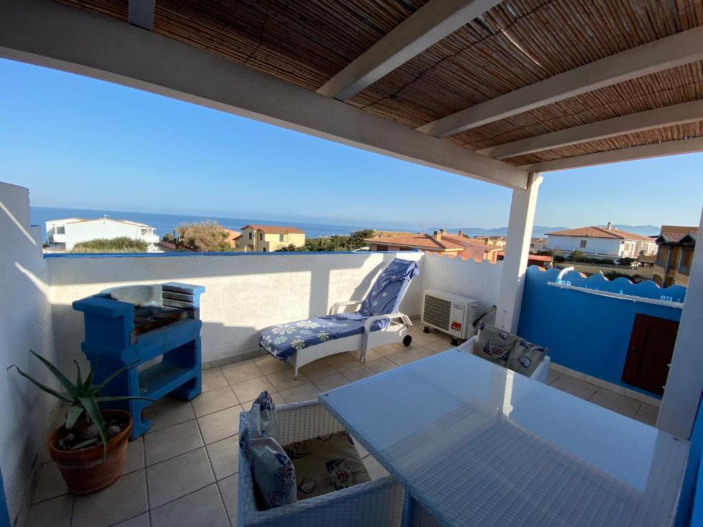 A balcony or terrace at Studio Azzurro r