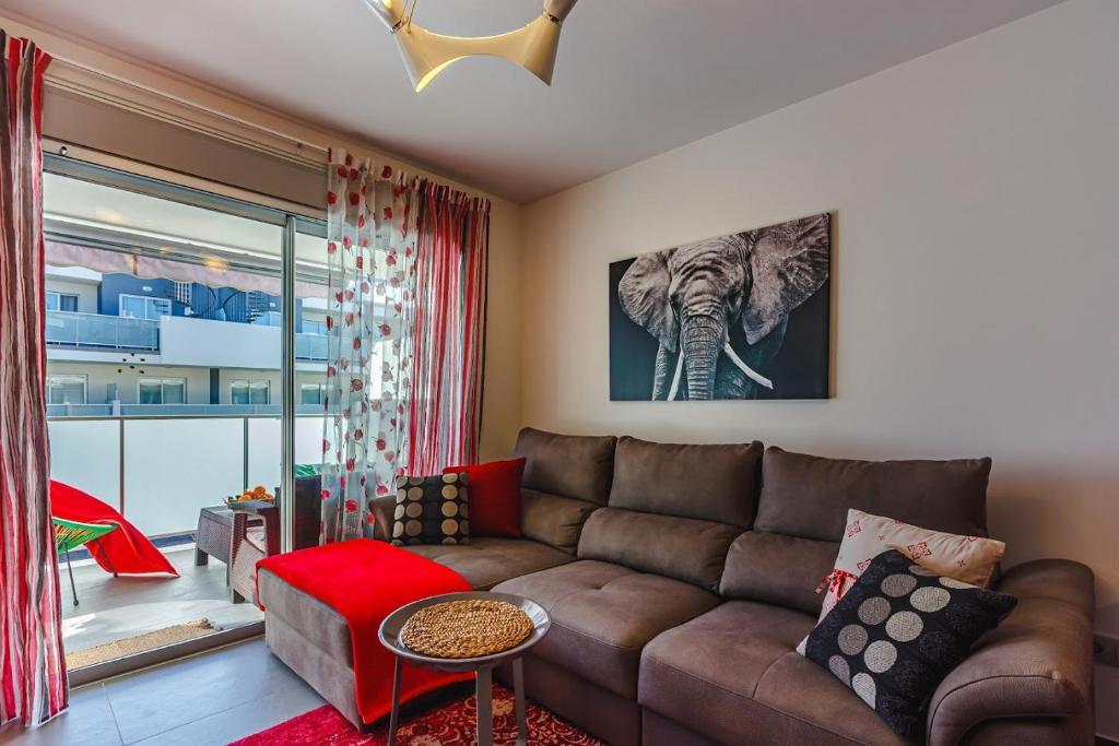 A seating area at Apartament Sotavento