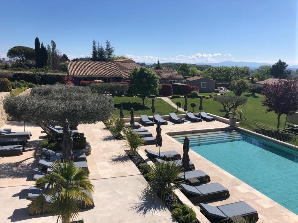 A view of the pool at La Bastide Saint Georges & Spa or nearby