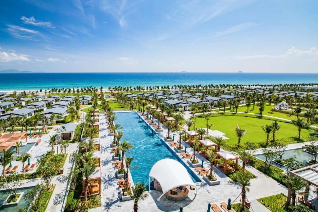 A bird's-eye view of Radisson Blu Resort Cam Ranh