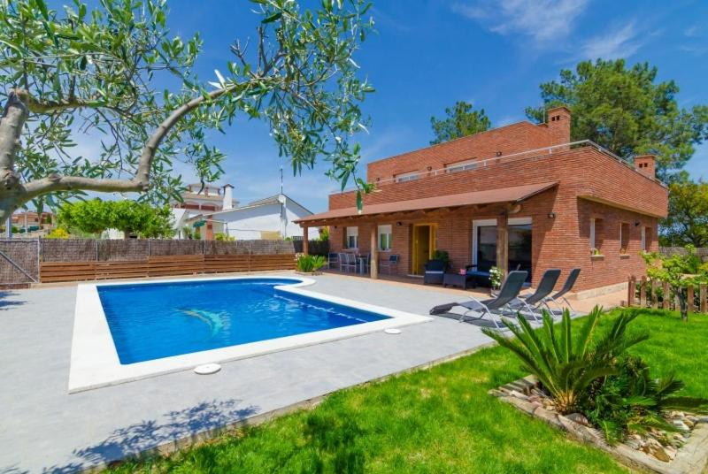 The swimming pool at or near Club Villamar - Cerises