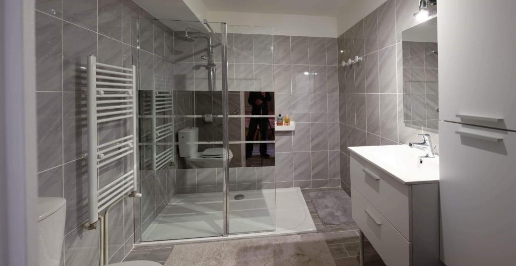 A bathroom at GITE CHOUCHOU