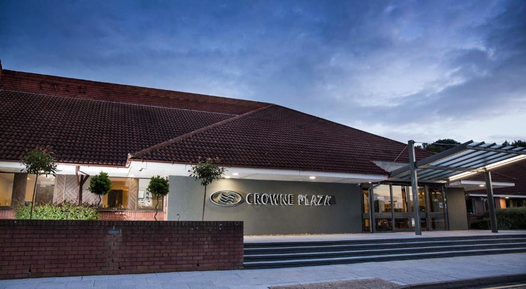 Crowne Plaza Basingstoke, an IHG Hotel